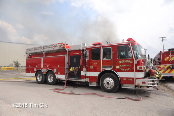 Union Grove FD pumper tanker at a fire