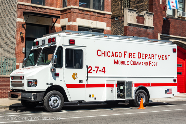 Chicago FD Command Van 2-7-4