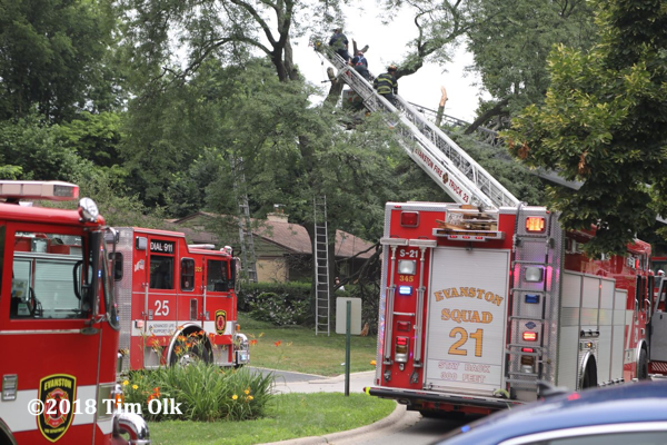 Evanston FD fire trucks