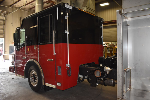 Ferrara fire engine so H6393 being built