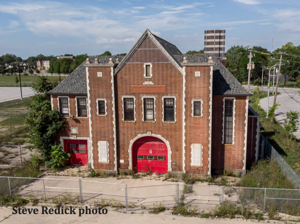 Former Chicago firehouse of truck 51 Castle in the Ghetto