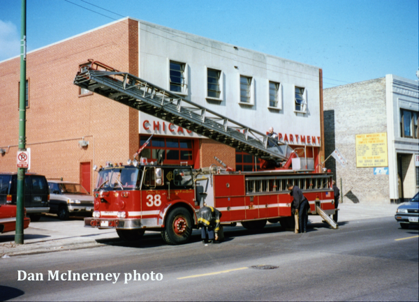 Chicago FD Truck 38
