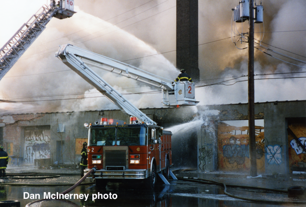 Chicago Fire Department, 4-11 alarm fire at Broadway and Gunnison, 12/24/94