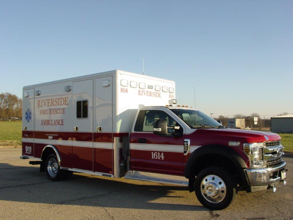 Riverside FD Ambulance 1614