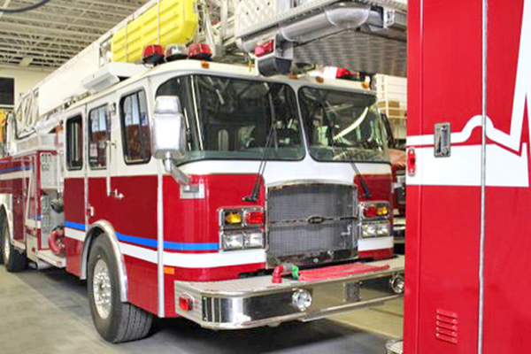 former Robbins FD tower ladder sold to the Kingsville VFD in Ontario