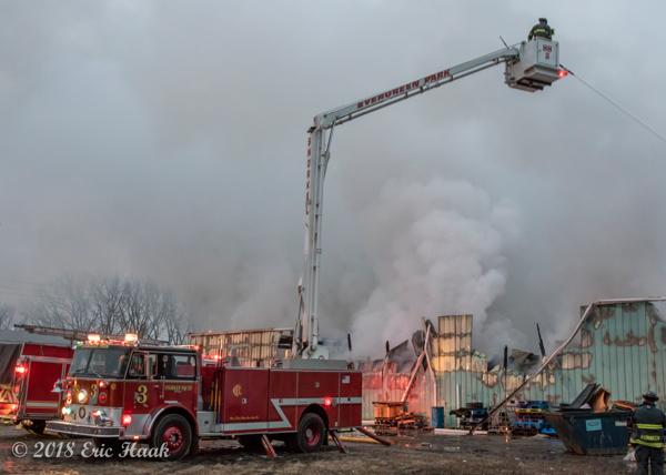 Evergreen Park FD Snorkel SS3 working at a fire scene