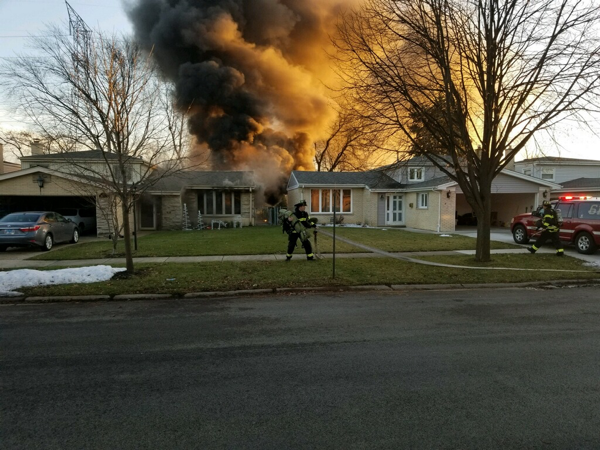 Arrival photo of a House fire at 625 Millers Road in Des Plaines, IL12/15/18