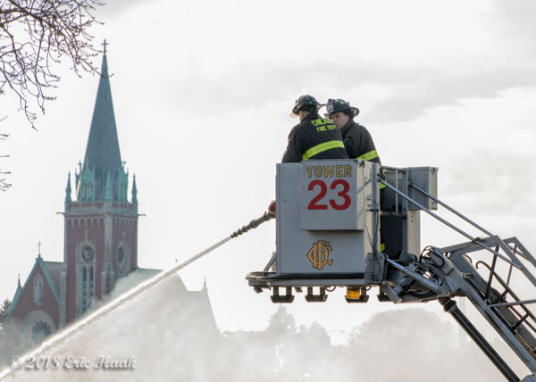 Chicago FD Tower Ladder 23