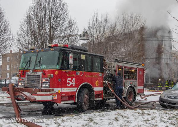 Chicago FD Engine 54 at work