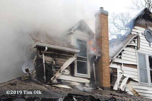house in Johnsburg IL destroyed by fire