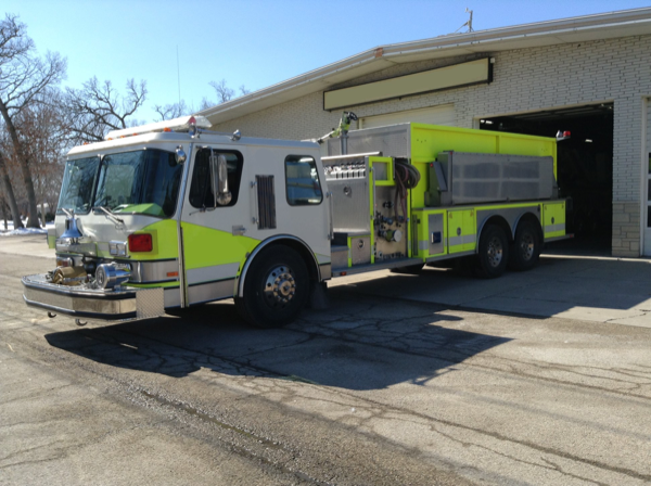 Former Fox Lake FPD tanker was sold to Cordell OK.