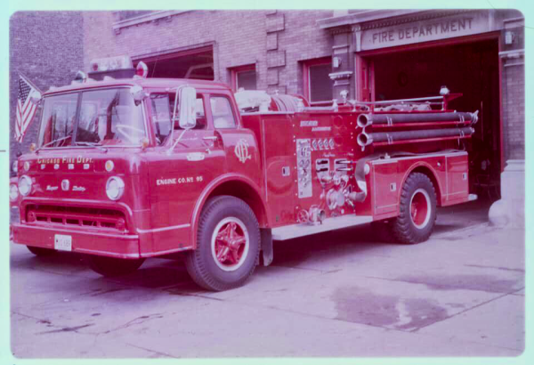 Chicago FD Engine 95 - 1967 Ford/Ward LaFrance