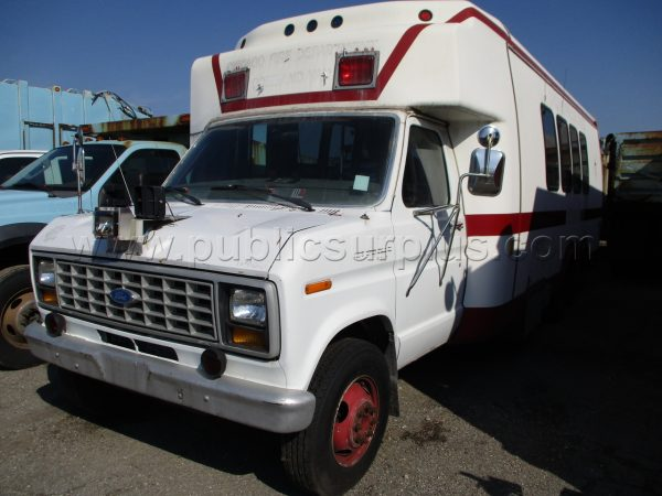 Former Chicago FD Comm Van for sale by auction