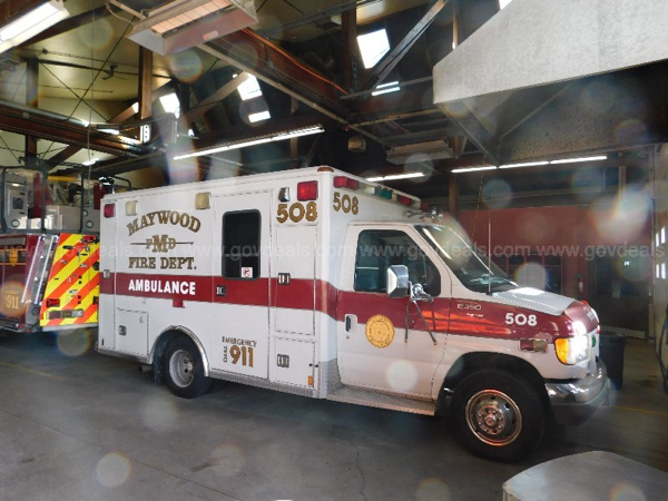 1997 Ford E-350 Type III ambulance for sale