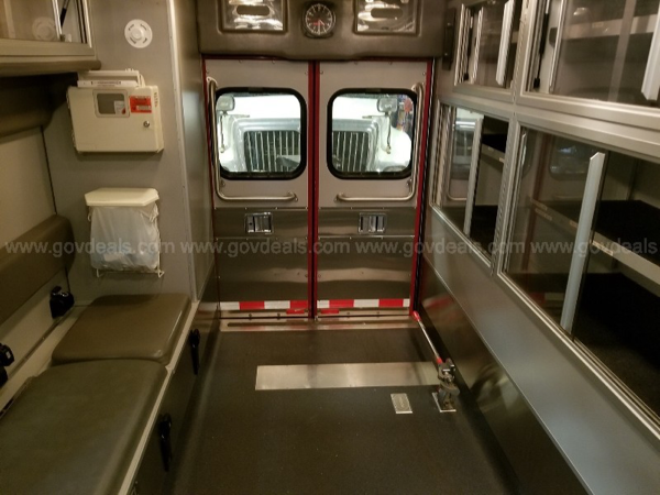 2006 Ford Econoline E-450/Medtec ambulance for sale