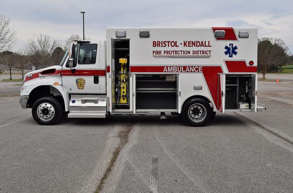 Bristol-Kendall FPD ambulance Medic 142