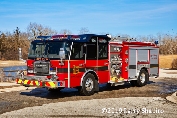 Lake Forest FD Engine 422