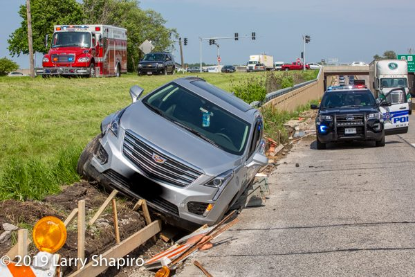 One-car crash in Wheeling IL 6/4/19 with Prospect Heights Fire Department