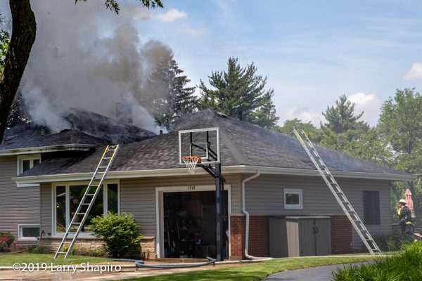 Mount Prospect house fire at 1318 E Green lane