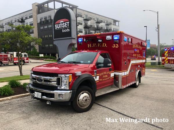 Highland Park FD Ambulance 32