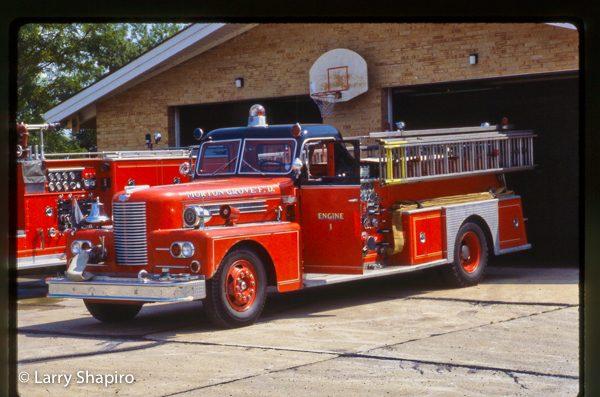 vintage conventional Pirsch fire engine