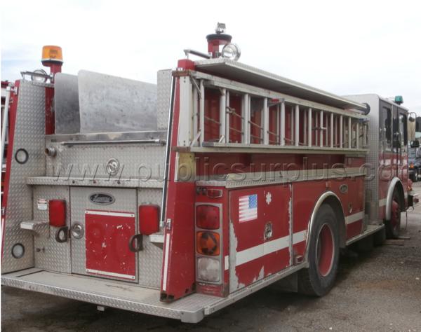 surplus Chicago fire engine - 1996 HME / Luverne for sale