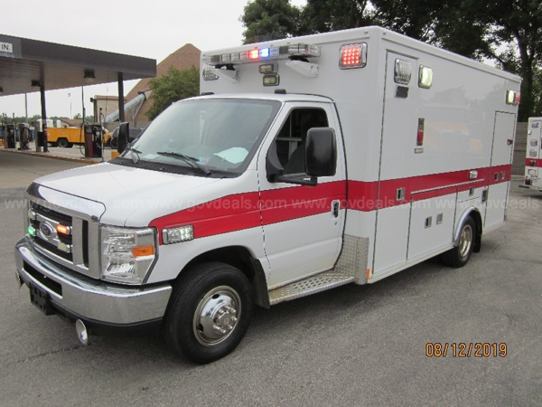 Mount Prospect FD ambulance for sale