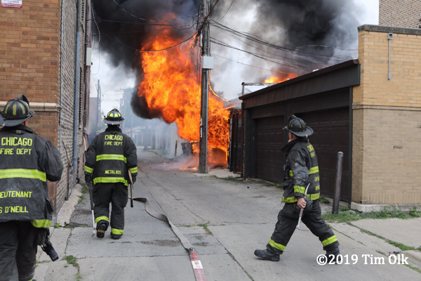 alley garage fire in Chicago