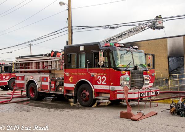 Chicago FD Engine 32