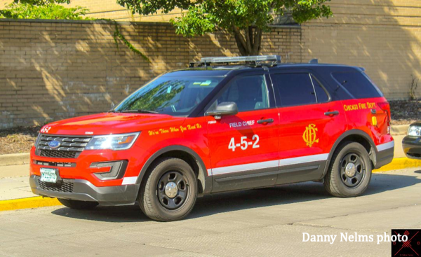 Chicago FD EMS Field Chief 452