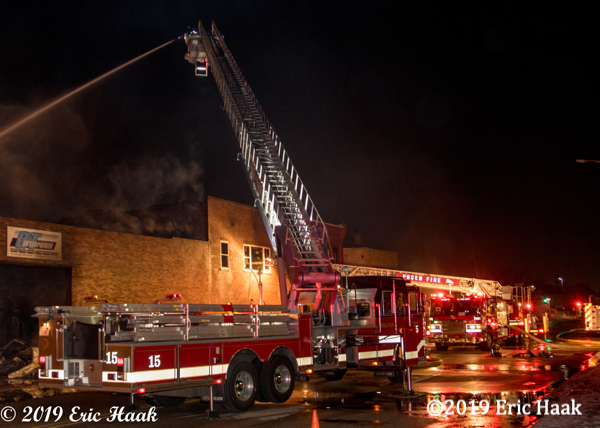 Commercial building fire in Harvey IL