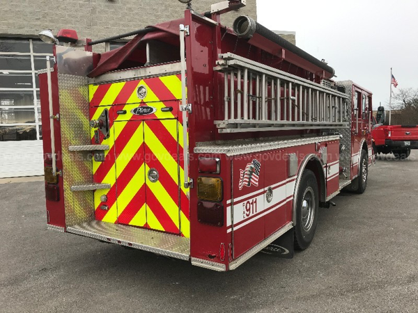 1997 Pierce Saber fire engine for sale