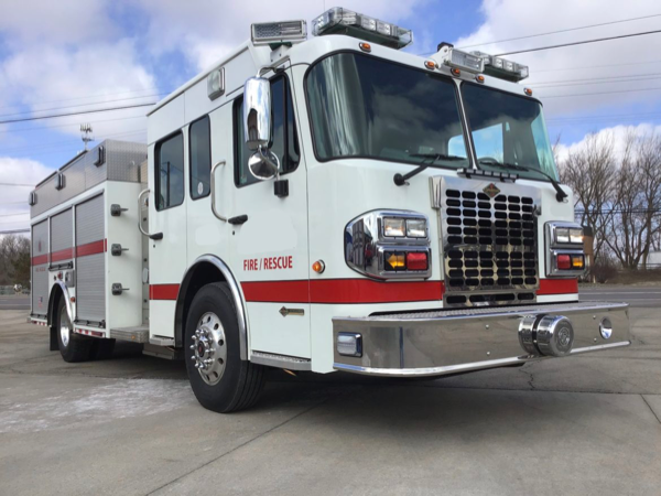 Fox River & Countryside Fire/Rescue District fire engine for sale