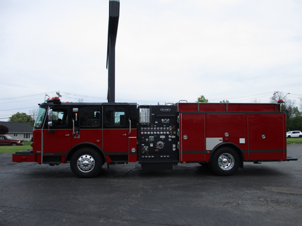 E-ONE fire engine built so#143158 for the Lansing Fire Department