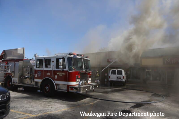 Waukegan firefighters battle commercial building fire