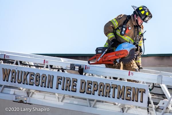 Waukegan FD ladder truck