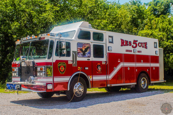 Anderson County KY Rescue 5 x-Lisle-Woodridge FPD 1984 Spartan Gladiator/E-ONE