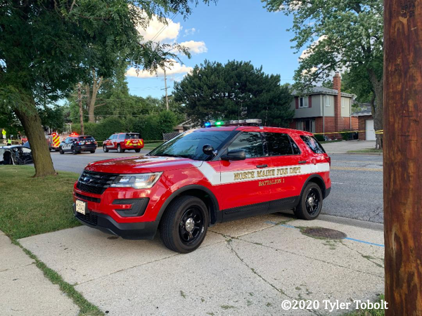Ford Explorer fire chief