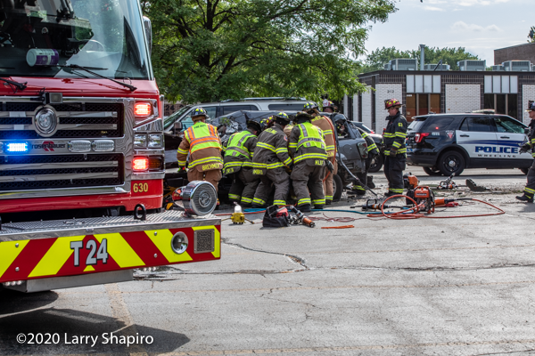 crash scene in Wheeling IL 8-9-20