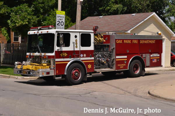 Oak Park FD 1999 HME/Smeal fire engine is for sale