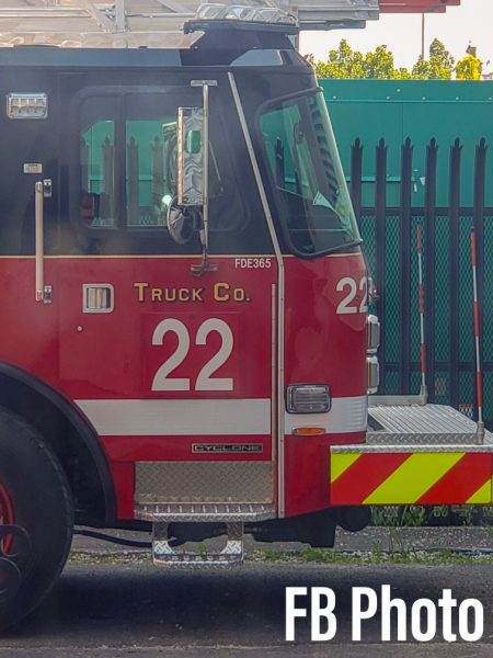 Chicago FD Truck 22 - 2020 E-ONE Cyclone 100' rear mount aerial