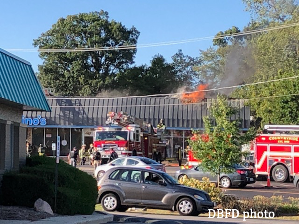 fire destroys a Mundelein restaurant