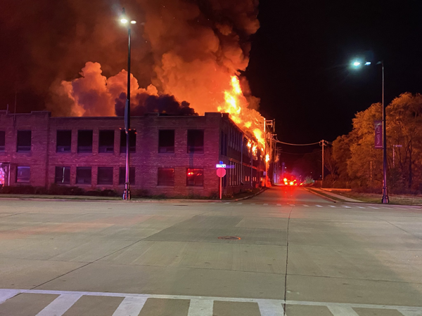 massive flames from vacant building fire