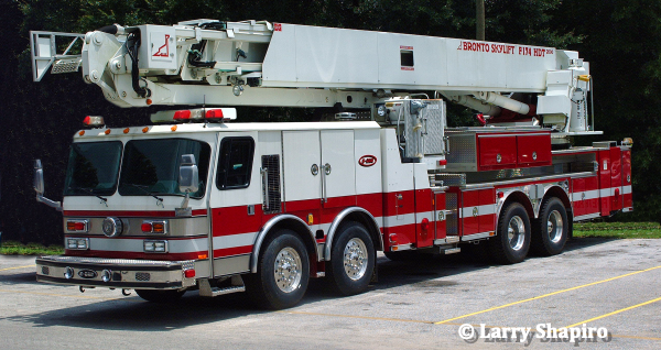E-ONE Hurricane fire truck with dual front axles