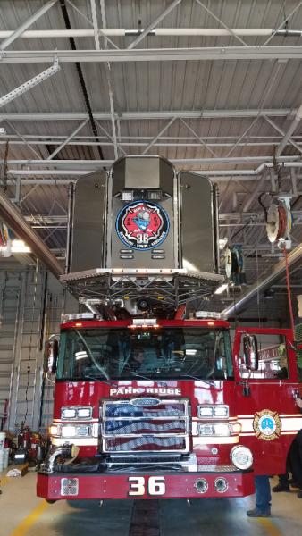 Pierce Enforcer tower ladder