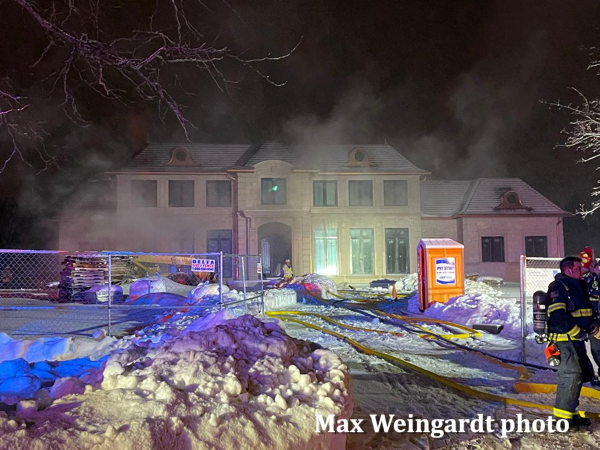 Lake Forest mansion under construction on fire