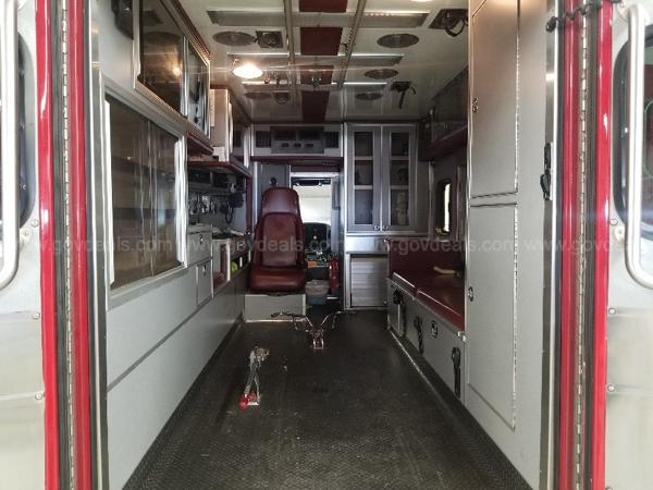 2006 International Series 4300LP 4x2/ Medic Type 1 ambulance for sale