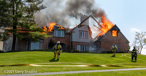 fire destroys massive 6000 square foot home in Long Grove