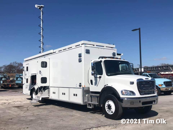 Freightliner / Frontline mobile command and communications unit