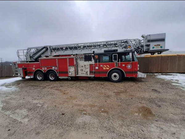 1999 Pierce Dash tower ladder for sale